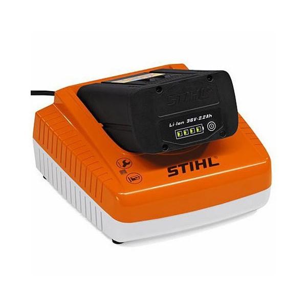 Tondeuse à batterie STIHL RMA 448TC + 2 x AP 300 + AL 300