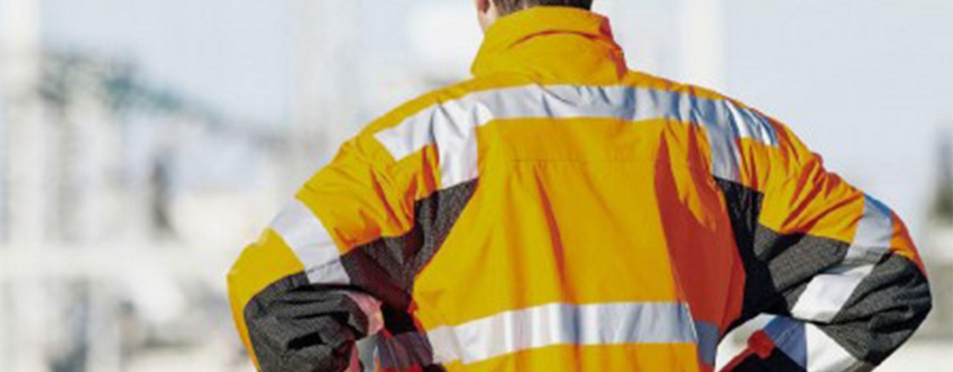 Privilégiez les vêtements de pluie professionnels pour vos travaux en extérieur